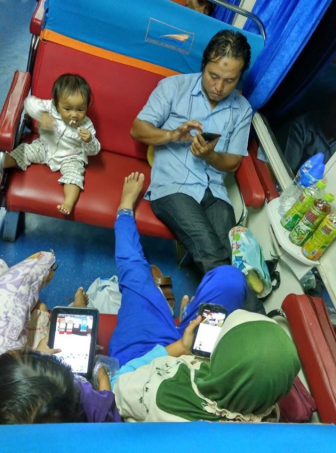 Tiket Kereta API Untuk Anak-anak dan BAYI