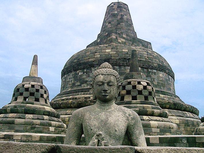 Sejarah Misteri Pembangunan Candi Borobudur