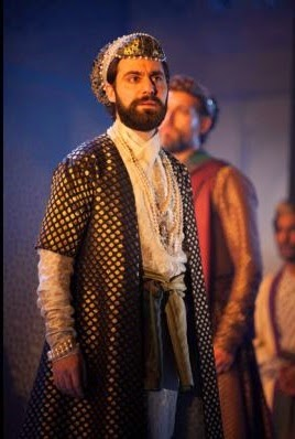 Sargaon Yelda as Aurangzeb - credit Ellie Kurttz