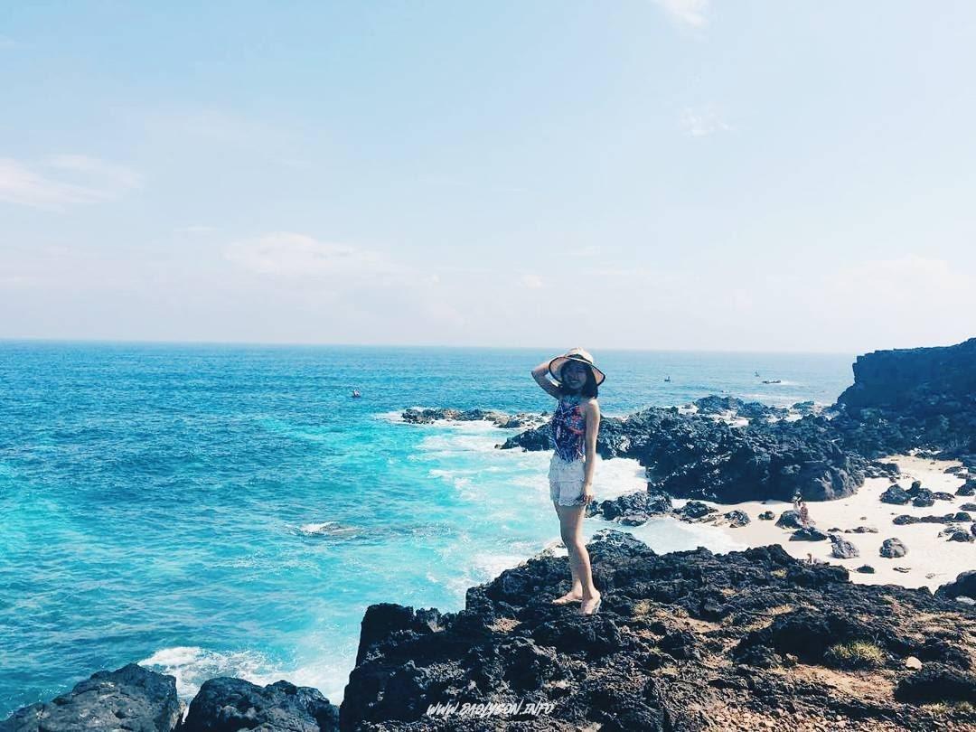 Màu nước biển xanh như ngọc