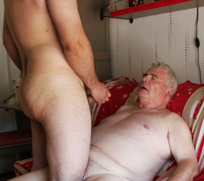 Old gays sucking cocks outdoors xxx tanned