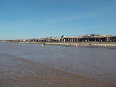 ナムディン クアットラム・ビーチ