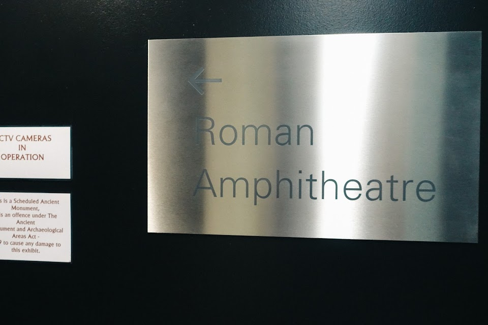 ローマ時代の円形競技場(Roman Amphitheatre)