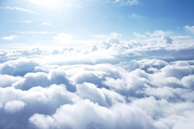 clouds - Ηπιος καιρος με υψηλες για την εποχη θερμοκρασιες + Χαρτης Χριστουγεννων (1ος)
