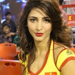 Hot Pics of Shruti Hassan