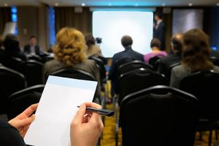 Presentasi dan Alat Bantu Dalam Pelatihan dan Pengembangan_