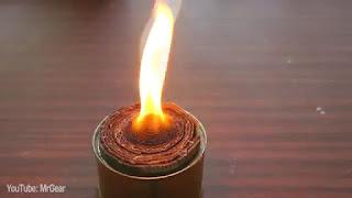 Lilin Pembuat Api Unggun