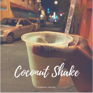 Jajanan dan Makanan Ringan khas Melaka Malaysia - coconut shake