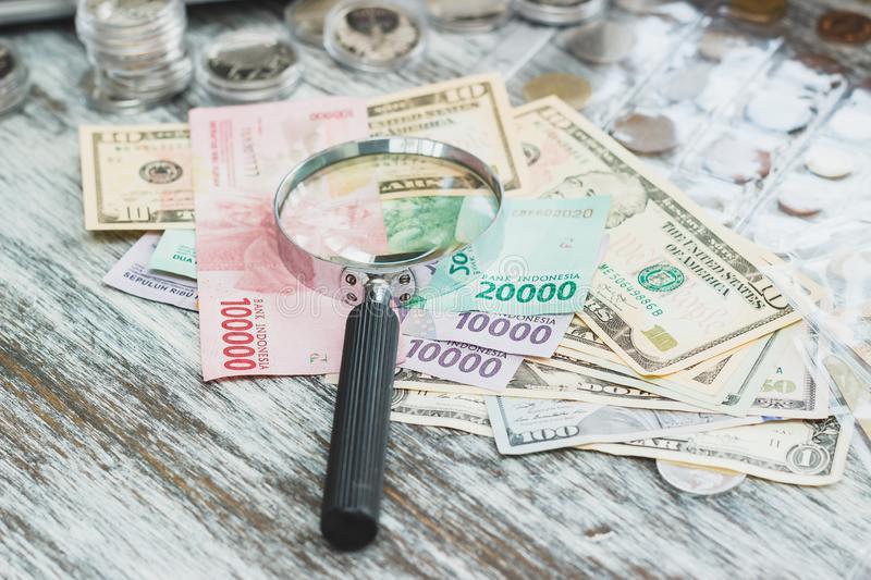 Mengenal lebih dekat hobi numismatik