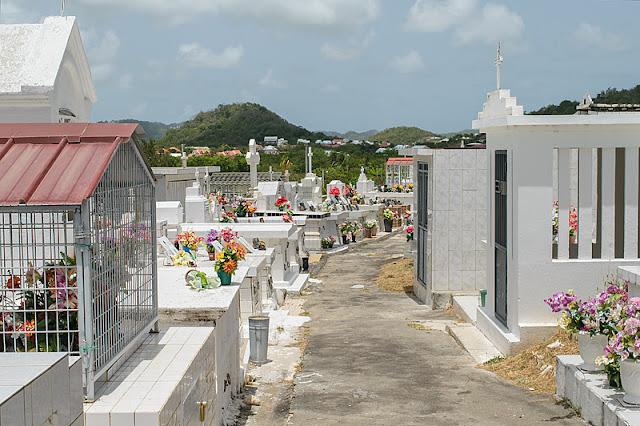 Le cimetière de Sainte-Anne
