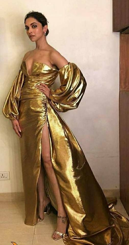 Deepika Padukone at Lux Golden Rose Awards 2017