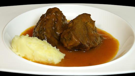 Cocinar para los amigos carrilleras de ternera con salsa for Cocinar carrilleras de cerdo