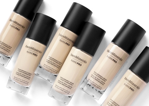 BareMinerals BarePRO Performance Wear Liquid Foundation Review