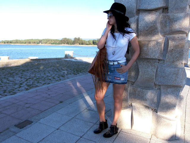 fashion, moda, look, outfit, walking, penny, lane, blog, trendy, cool, street, style, casual, comfy, autumn, otoño, denim, hat, booties, botines