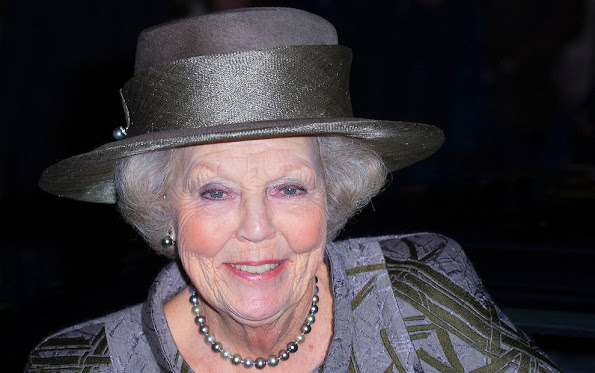 Princess Beatrix Attended The Premiere Of The Dutch Masters
