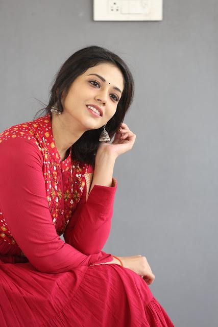 Priyanka Jawalkar 4k 5k images