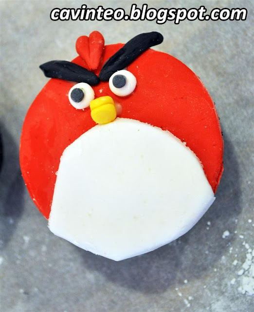 Entree Kibbles: Angry Birds Cupcakes Decoration Class ...