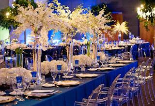 פרחים לחתונה  ק'יו 7 לימו בוואזות גבוהות