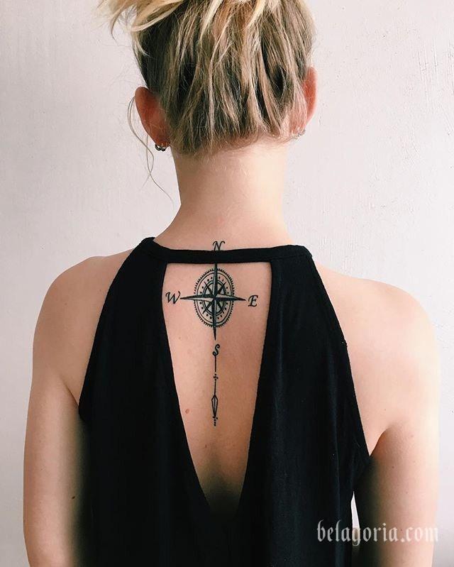 foto de tatuaje de yoga