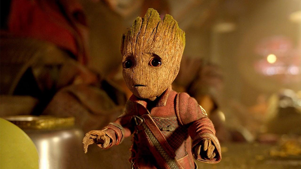 James Gunn compartilha arte esperançosa de Groot abraçando o planeta terra