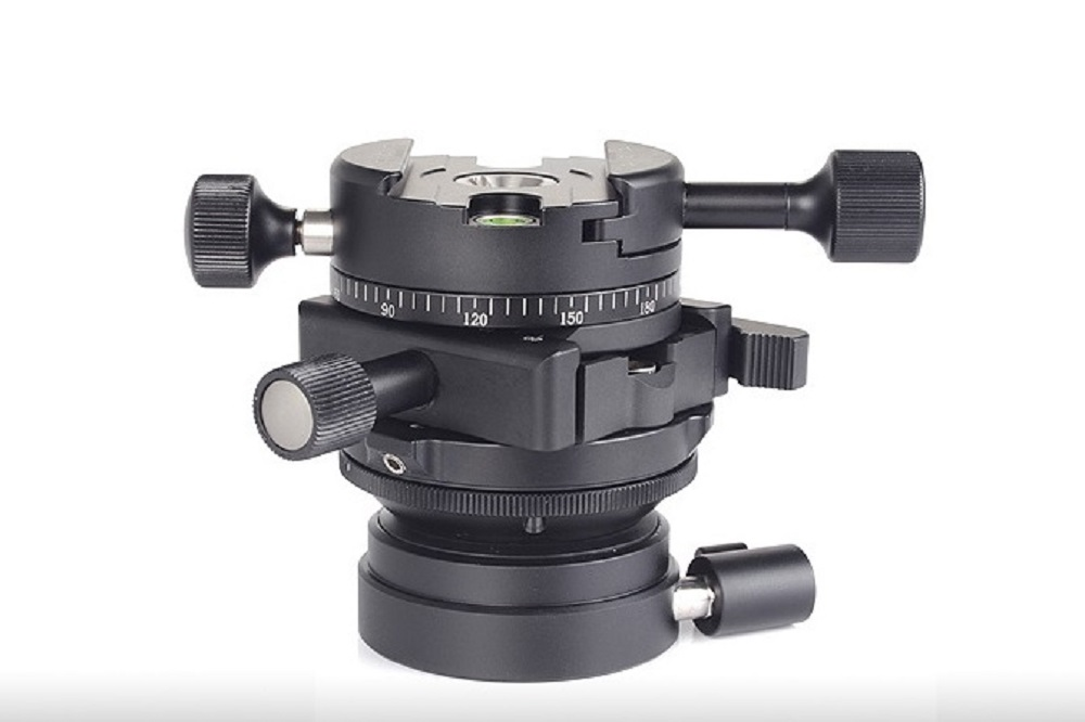Sunwayfoto DDH-04 Panning Clamp mounted on DLC-60X clamp on DDY-66i