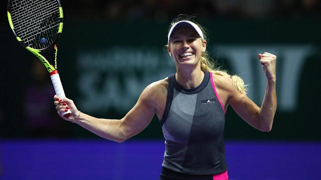 Caroline-Wozniacki-Venüs-Williams-WTA-Singapur-2017