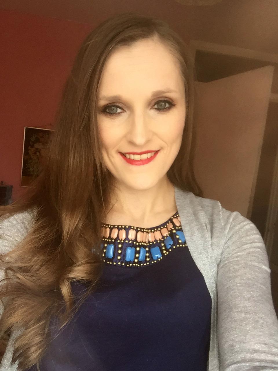 wearing new look illuminating makeup primer