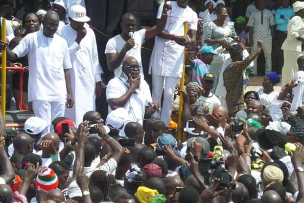 """Photos of """"Injured"""" Governor Fayose addressing Ekiti people at the Government House  Photos:""""Injured"""" Governor Fayose addresses Ekiti people at the Government House FB IMG 1531322533400"""