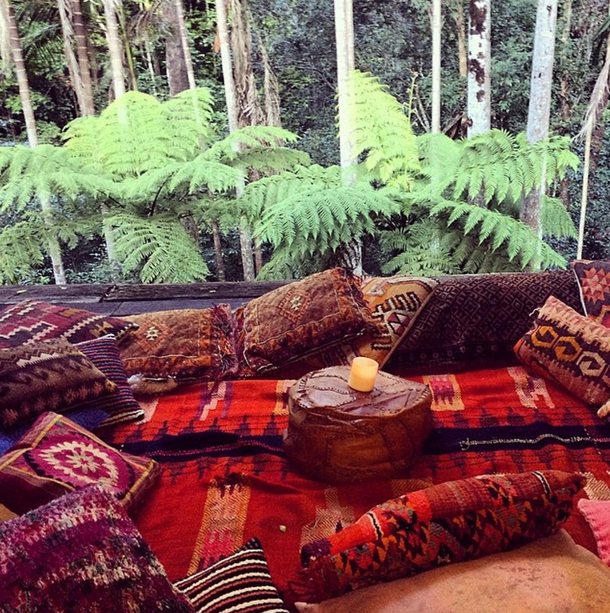 Outdoor Moroccan Decor Design Ideas: Moon To Moon: Instahomes: Bohemian Treetop Hideaway