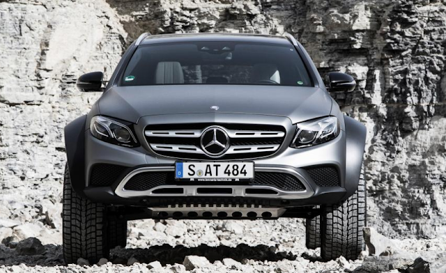 2018 Mercedes-Benz E-Class All-Terrain 4×4² – Engineers gone slightly mad