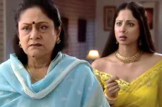 Aruna Irani and Sangita Ghosh