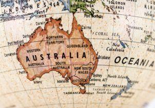 pergerakan benua australia