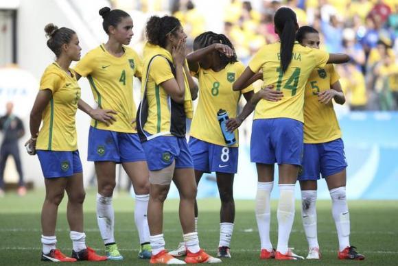 Torcida dá show, mas Brasil é derrotado pelo Canadá e fica sem o bronze