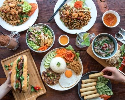 UberEats, Jom Makan Malaysia, Uber, Nasi Lemak Antarabangsa, Inside Scoop, Sitka Restaurant, Mikey's Original New York Pizza, RawlinsXTech,