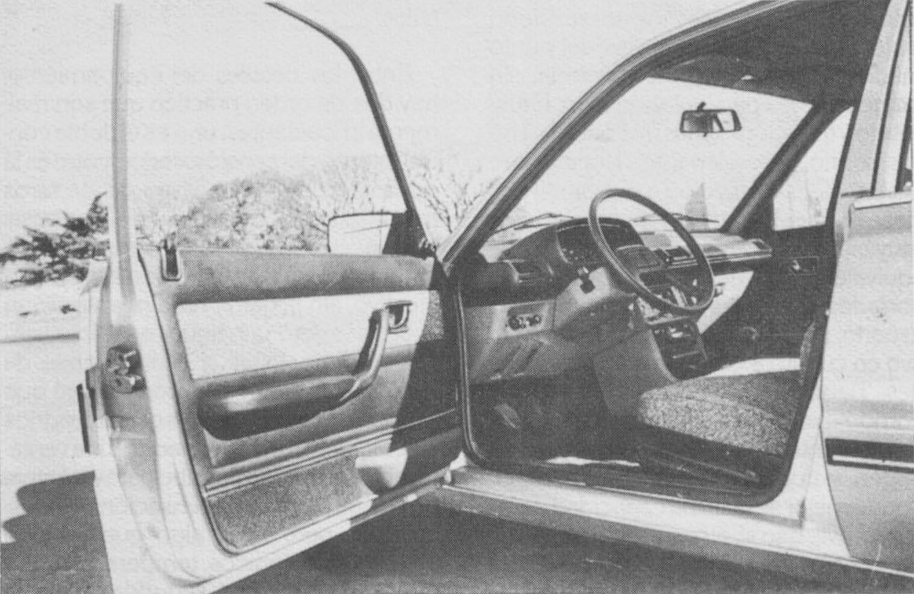 Archivo De Autos Peugeot 505 Hecho A Su Imagen Light Sensorldr Ofalightsensorcircuitwhenthelight Symbol3sir Interior Del 1981 Fabricado Por Sevel Argentina Fotografa La Revista Auto Nmero 21 Mes Octubre