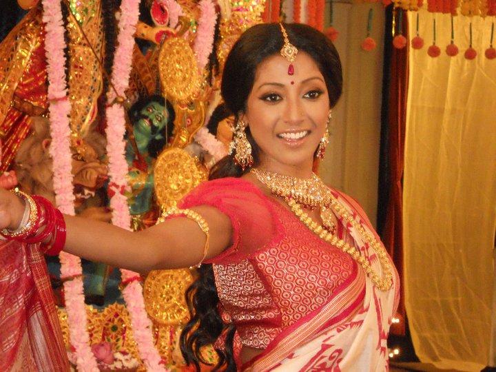 Paoli dam celebrities photos hub - Hate story heroine ...