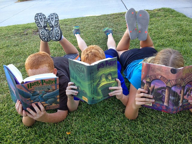 How to Get Your Screen-Loving Kids to Read Books for Pleasure: A Book Review