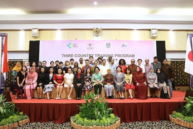 5 Negara Belajar dan Berbagi Pengalaman di Bidang Kesehatan Ibu dan anak di Indonesia