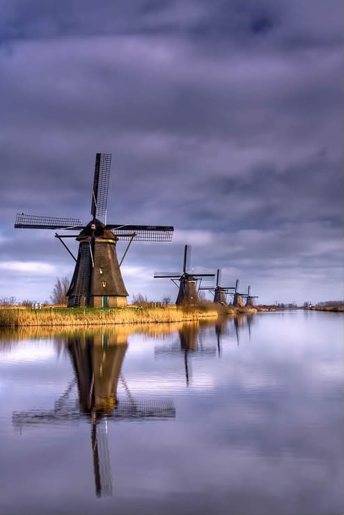 Fundamental Analysis - Kinderdijk - Netherlands