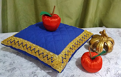 Almofada decorativa para festa branca de neve e lembrancinha maçã de tecido