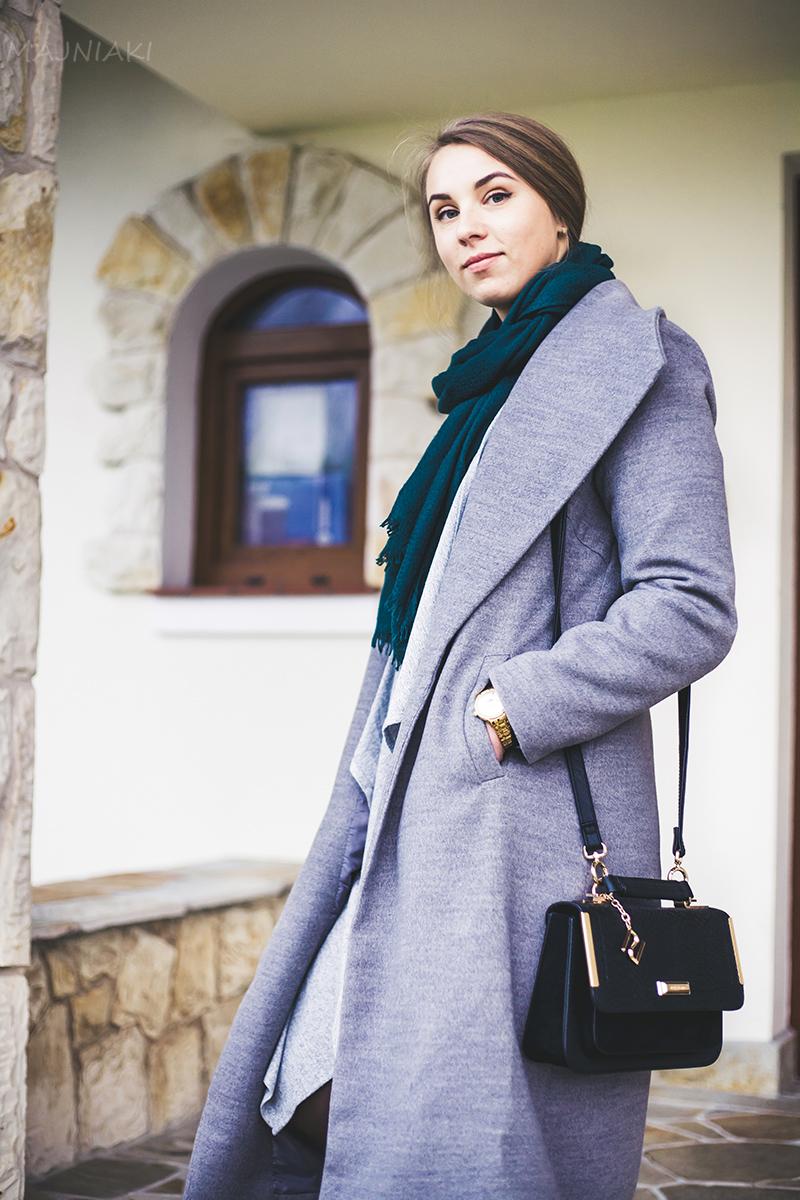 Grey lapel coat