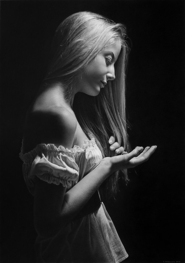 04-Allegory-of-the-Sublime-Emanuele-Dascanio-Using-Old-Master-Techniques-for-Pencil-Drawings-www-designstack-co