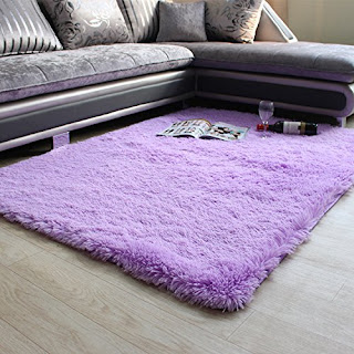 Purple bedroom ideas: purple rug