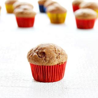 Nutella Banana Mini Muffins | Roxanashomebaking.com