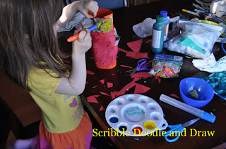 egg carton craft add glue and paint to make a parrot