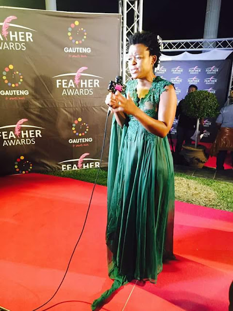 What a disgrace! South African socialite Zodwa Wabantu goes pantless at award, exposes her private parts (photos)