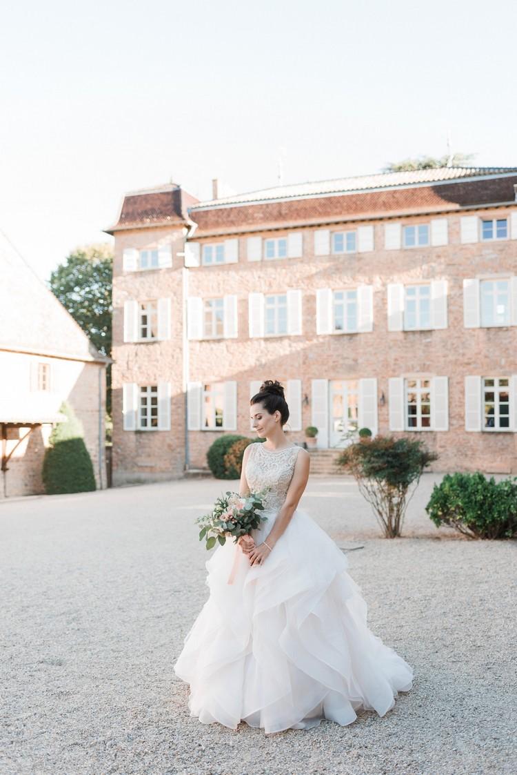 Fleuriste mariage Lyon, Lyon wedding florist, Burgundy florist, bride's style, robe de mariée romantique