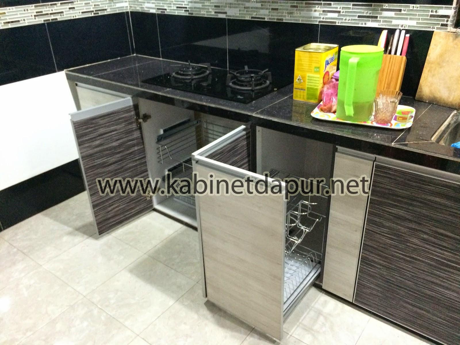 Kabinet Gantung Serta Oven Dan Peti Ais Ada Dapur Basah Kering Material Melamine Aluminium Handle 3g Gl