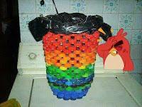Manualidades con tapitas de plástico recicladas