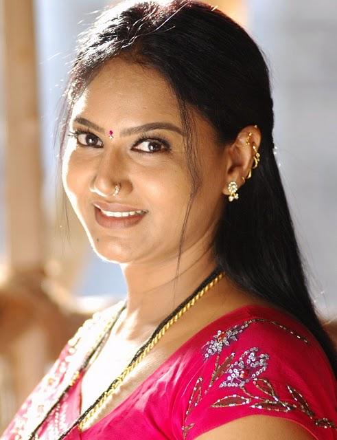 Porn Star Actress Hot Photos For You South Indian Actress Raksha In Red Spicy Saree-8133